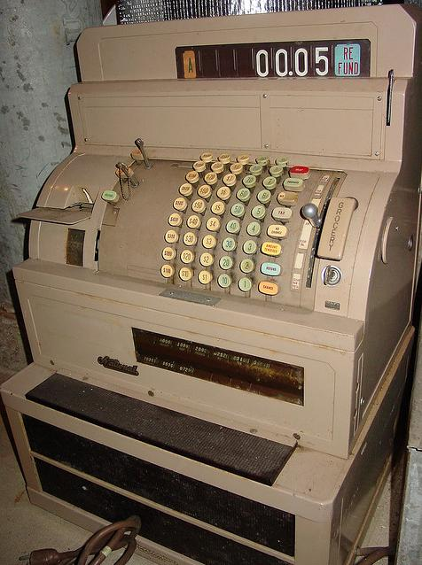 Electo-mechanical cash register